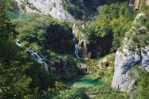 Veliki ligt in het watervalrijke Plitvice Lakes Nationaal Park