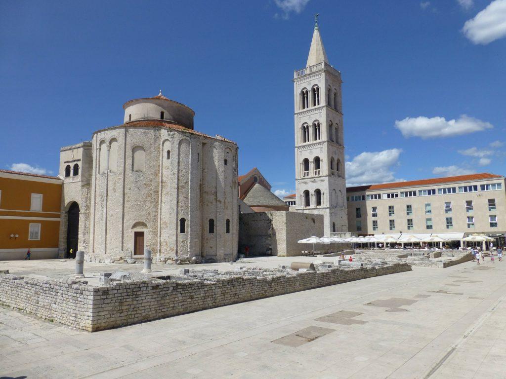 De prachtig oude ByzantijnseSint-Donatuskerk